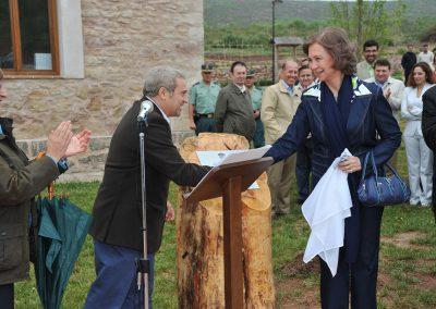 S.M. la Reina Dña. Sofía inaugura el Centro de Solanillos